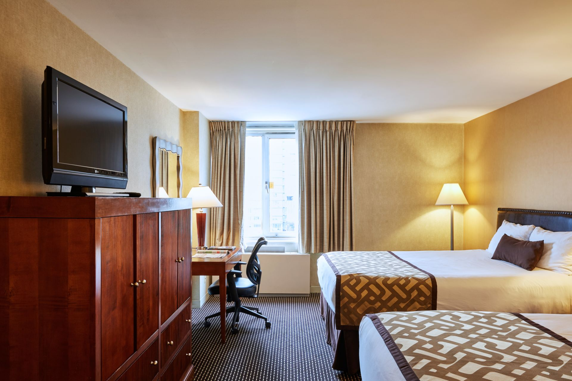 Quiet, spacious accommodations at the Skyline Hotel